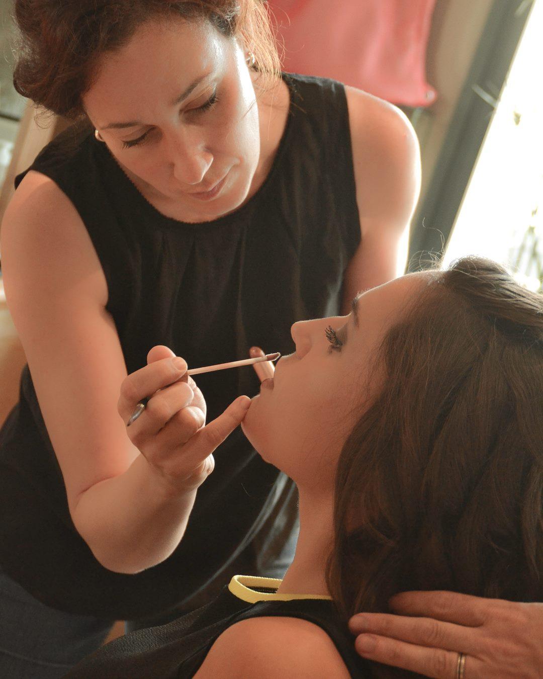 Dimanche nous avons eu le plaisir de maquiller @lauriederouardmel , Miss Eure et Loir 2018 avant un ...