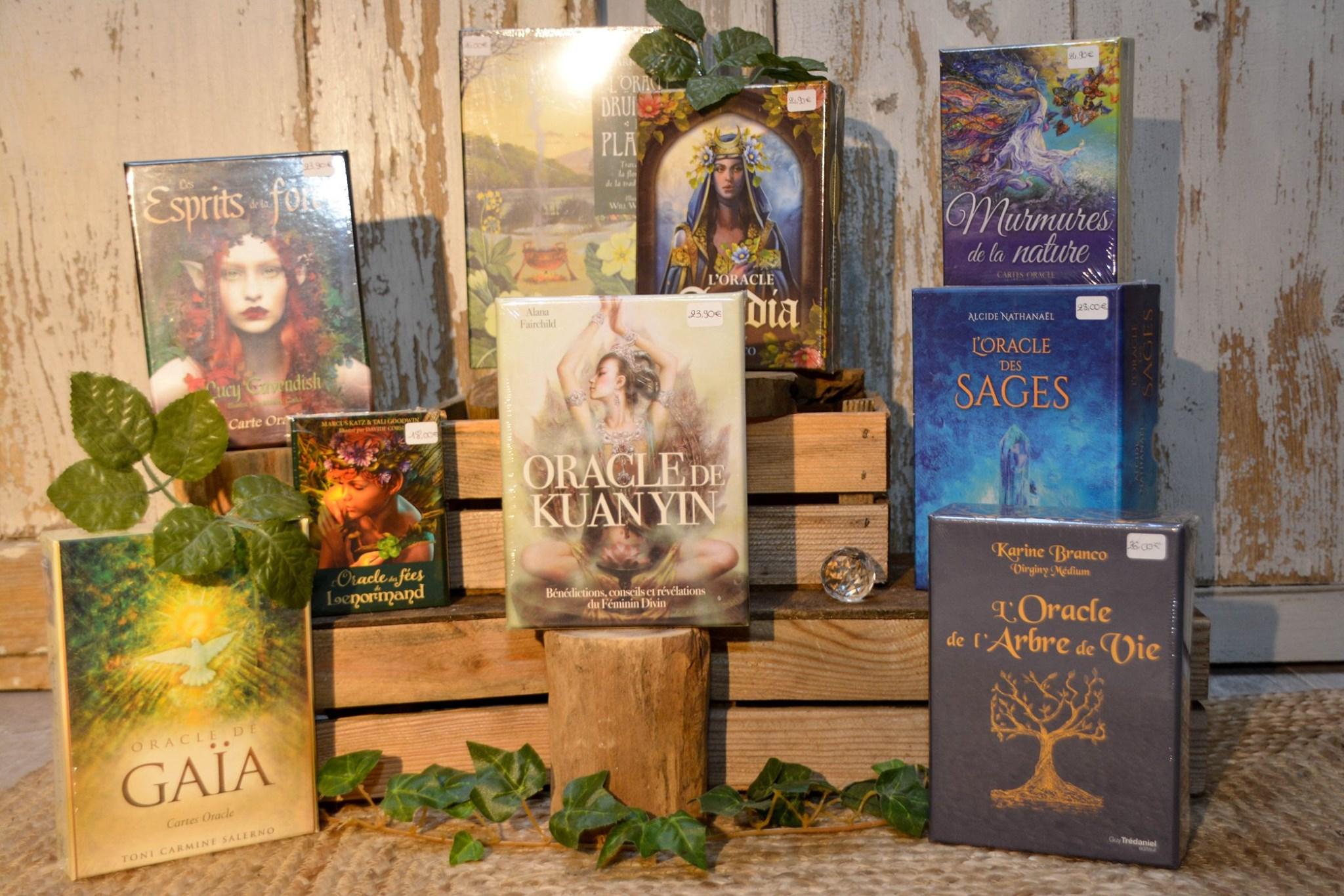 Nouvelle sélection d'oracles et cartes divinatoires à découvrir dans notre boutique.  Les oracles pe...
