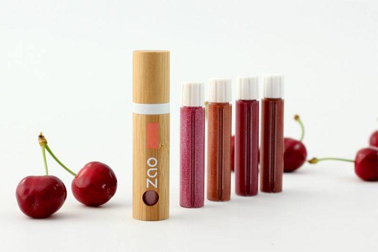 Pour prolonger l'effet des vacances, avec la marque ZAO, adoptez pour un maquillage léger !...